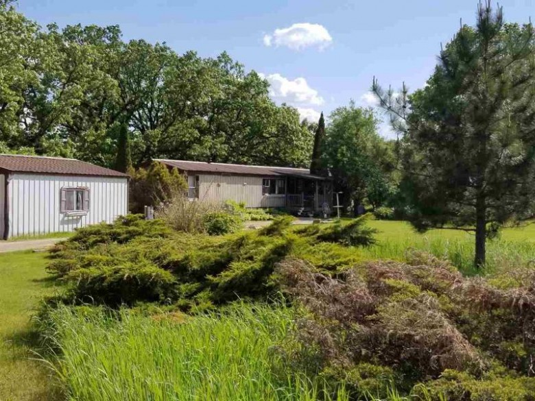 E815 Cobbtown Road, Waupaca, WI by United Country-Udoni & Salan Realty $59,000