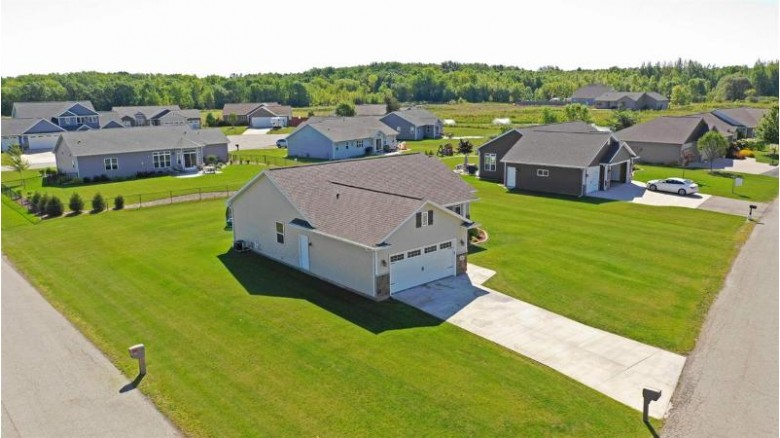 1824 Hedgeview Drive, Neenah, WI by Keller Williams Fox Cities $239,900
