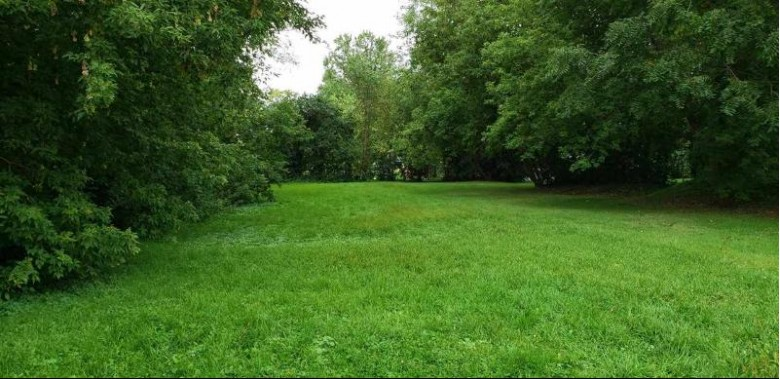 W 3rd Avenue, Oshkosh, WI by RE/MAX On The Water $24,900
