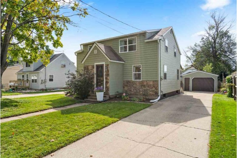 813 Marquette Street, Menasha, WI by Dallaire Realty $132,000
