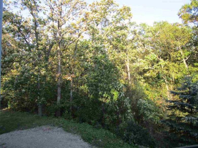 6757 Hwy Ee, Amherst, WI by Shambeau and Thern Real Estate, LLC $139,900
