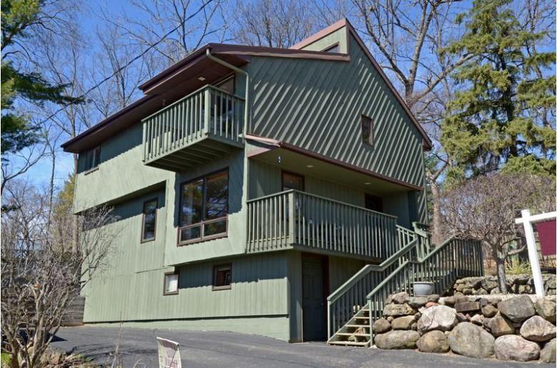 2919 Waconia Ln, Middleton, WI by Restaino & Associates Era Powered $349,900