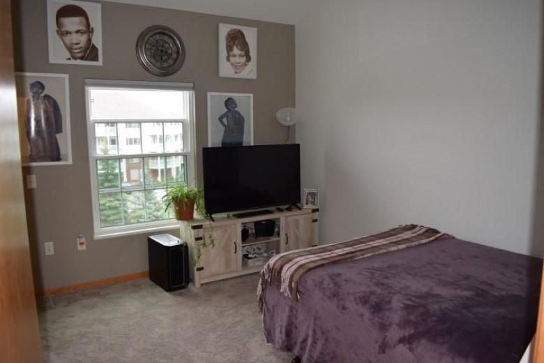 10 Kings Mill Cir 303, Madison, WI by First Weber Real Estate $160,000