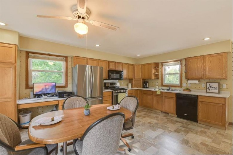 4657 Goodland Park Rd, Madison, WI by Realty Executives Cooper Spransy $338,000