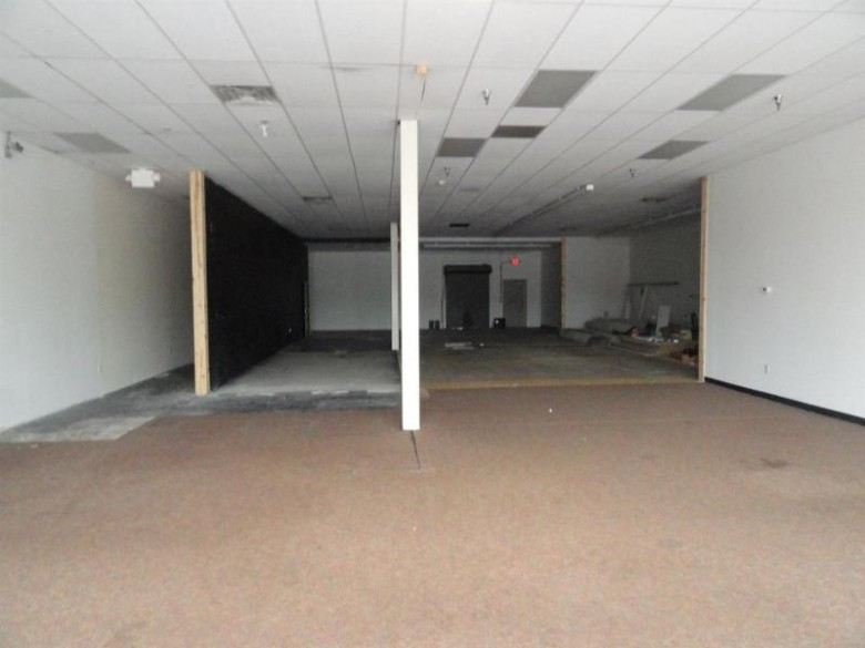 3272 Church Street, Stevens Point, WI by Re/Max Central $2,700