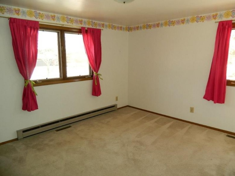 2404 Jenny Court, Merrill, WI by Assist-2-Sell Superior Service Realty $152,900