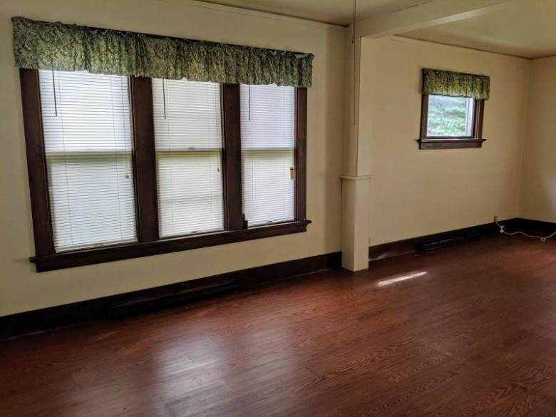 1117 S 19th St, Manitowoc, WI by Heritage Real Estate $64,800