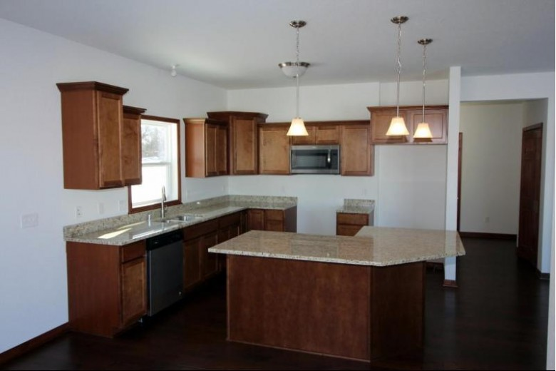 326 W Hunt Ave, Twin Lakes, WI by Re/Max Newport Elite $289,900