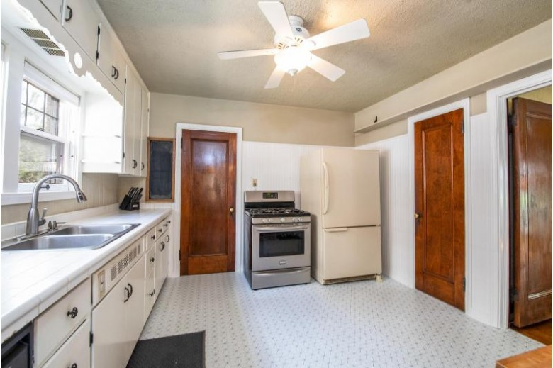 836 Lathrop Ave, Racine, WI by Keller Williams Realty-Milwaukee North Shore $175,000