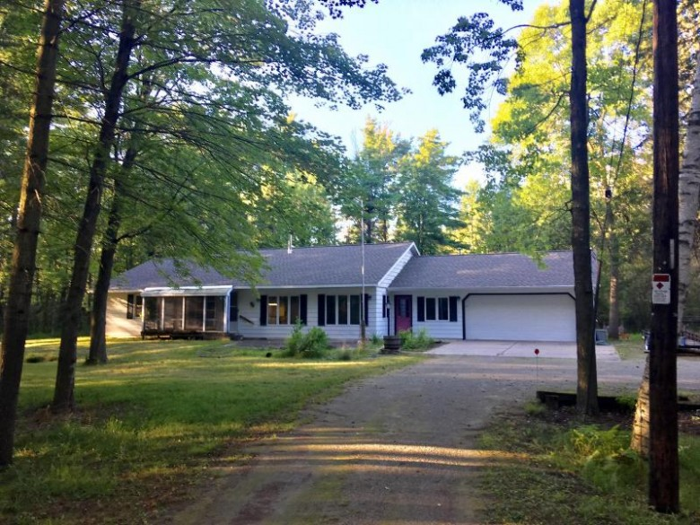 N256 River Drive, Menominee, MI by Place Perfect Realty (mi & Wi) $119,900