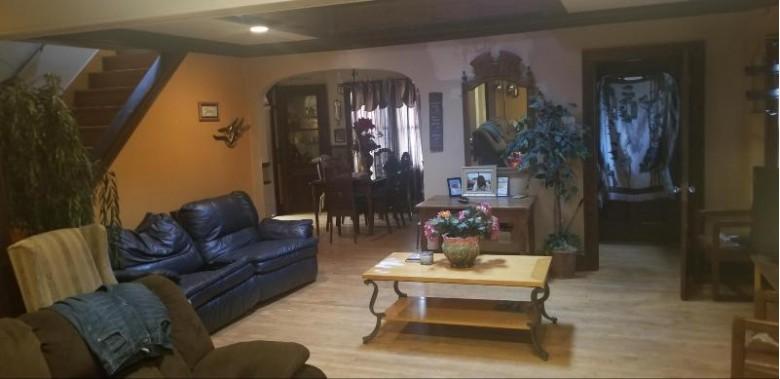 2403 Henry St, Sheboygan, WI by Avenue Real Estate Llc $94,900