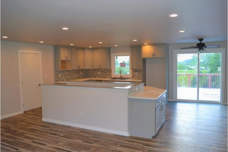 N4962 Briarcliffe Ct, West Salem, WI by United Country Midwest Lifestyles Properties Llc $289,900