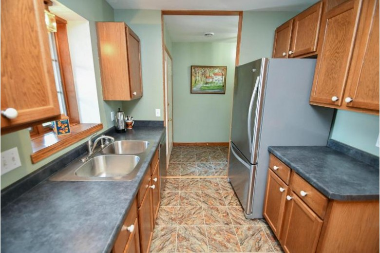 109 Buckingham Ct, Cambridge, WI by Re/Max Property Shop $168,000