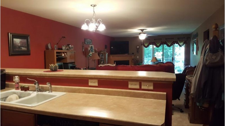 41 Scenic Cir, Fond Du Lac, WI by Allied Realty Group Llc $153,900