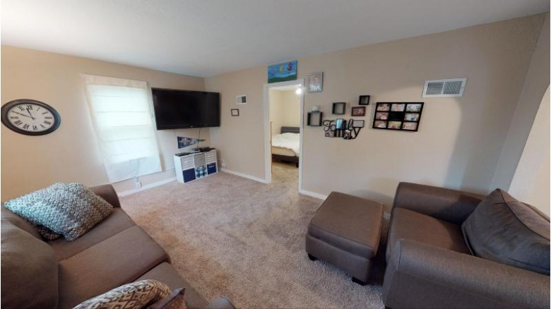 133 8th Ave S, Onalaska, WI by Nexthome Prime Real Estate $159,900