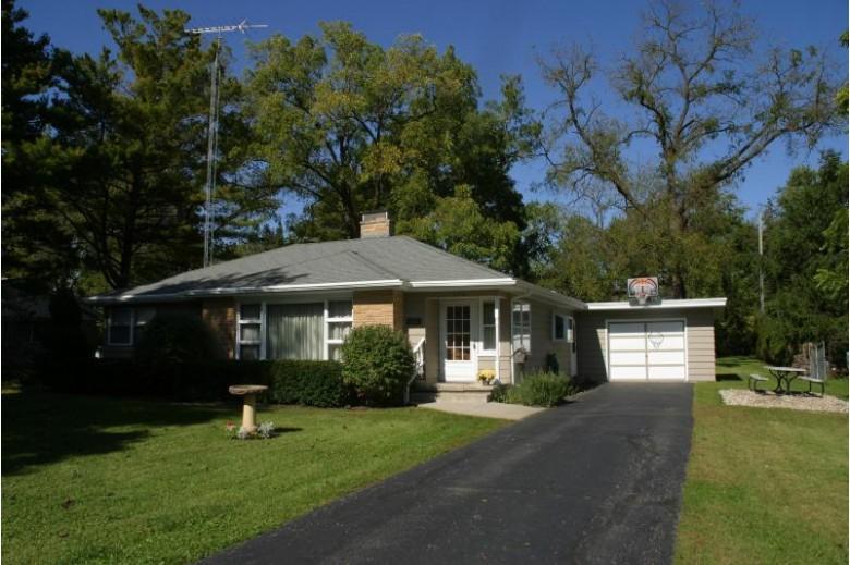 216 W Jefferson St, Elkhorn, WI by Keefe Real Estate, Inc. $199,000