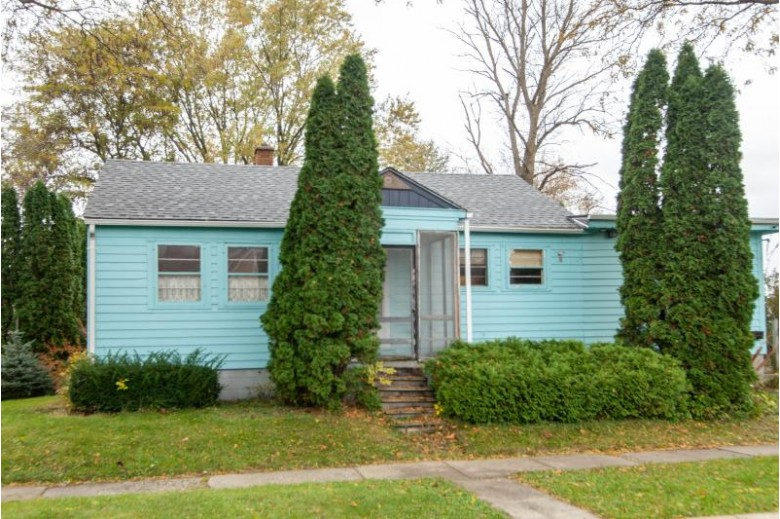 408 Union St, Watertown, WI by Coldwell Banker Realty $109,900