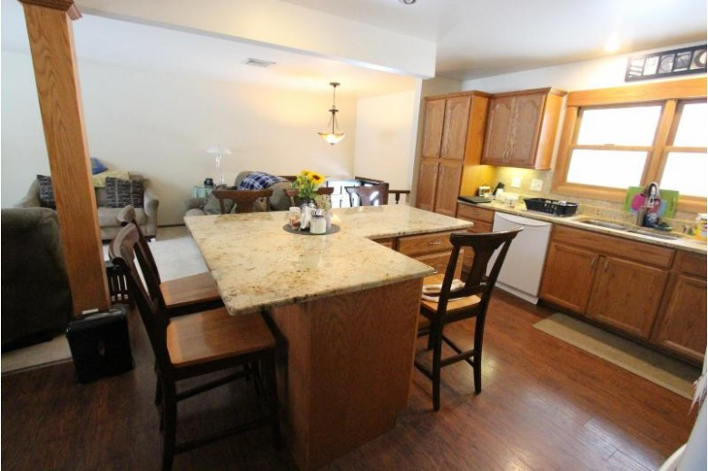1531 S Pleasant Hill Dr, New Berlin, WI by Coldwell Banker Homesale Realty - Franklin $259,900