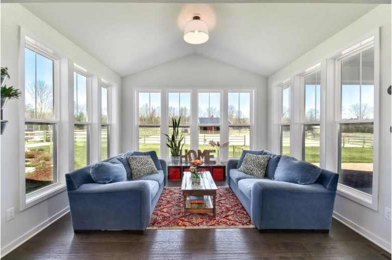 5980 W Chapel Hill Rd, Mequon, WI by Realty Executives Integrity~brookfield $669,900