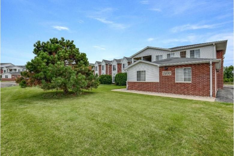 8400 Lexington Pl 11, Pleasant Prairie, WI by Re/Max Newport Elite $129,900