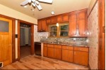 2375 N 56th St 2377, Milwaukee, WI by Re/Max Realty 100 $259,000