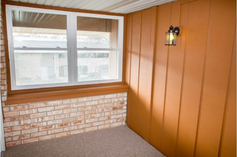 11936 W Mill Rd 6, Milwaukee, WI by Realty Executives - Elite $49,900