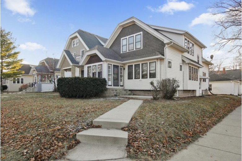 2477 N 70th St, Wauwatosa, WI by Realty Dynamics $269,900