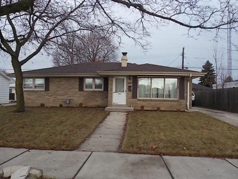 1008 Berkeley Dr, Racine, WI by Doperalski Realty & Associates, Llc $125,000