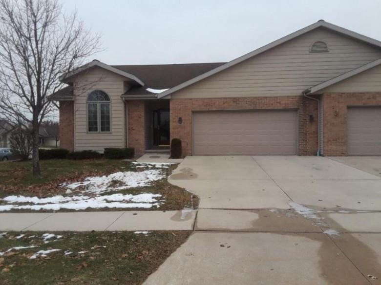 4303 Deerfield Ln., Manitowoc, WI by Berkshire Hathaway Starck Real Estate $179,900