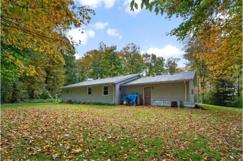 3643 Range Line Rd, Manitowoc, WI by Coldwell Banker The Real Estate Group $224,800