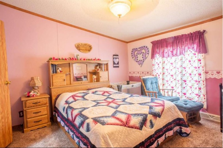 W7089 Chicago Road, Wautoma, WI by Keller Williams Fox Cities $129,900