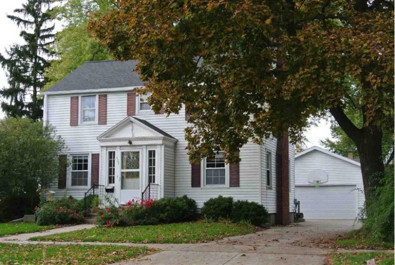 426 S Erie Street, De Pere, WI by Coldwell Banker Real Estate Group $149,900
