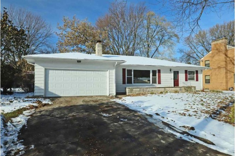 323 Willow Lane, Menasha, WI by Century 21 Affiliated $185,000