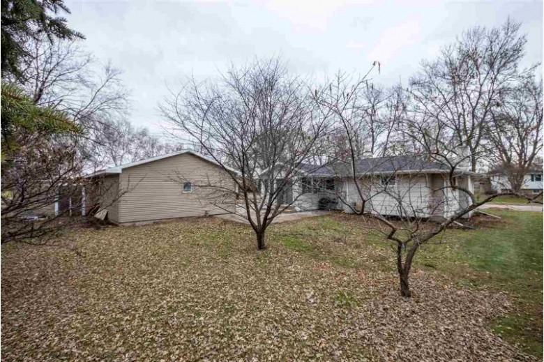 631 Idlewild Street, Kaukauna, WI by Coldwell Banker Real Estate Group $149,900