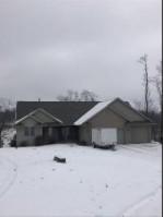 E2944 Bags Hill Road, Waupaca, WI by Shambeau and Thern Real Estate, LLC $279,000