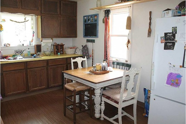503 S Farmer St, Princeton, WI by First Weber Real Estate $97,500