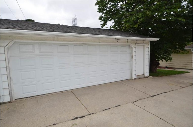 155 N Story Pky, Milwaukee, WI by Lauer Realty Group, Inc. $289,000