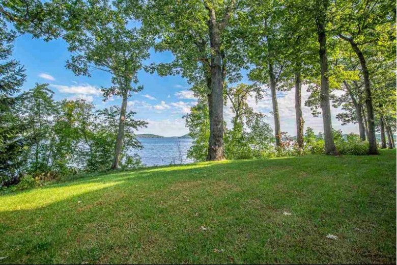 N2804 Summerville Park Rd, Lodi, WI by Conrad Real Estate Services Llc $365,000