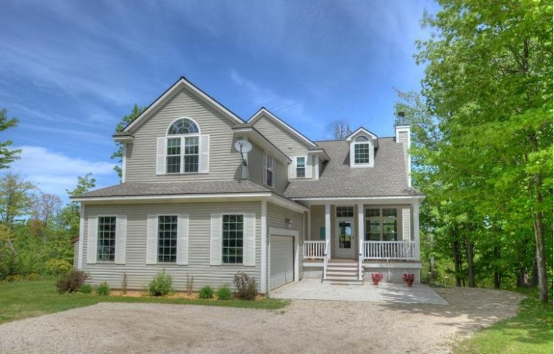 21658 E Ridge Rd, Grand Marais, MI by Rosie'S Grand Marais Realty $329,000