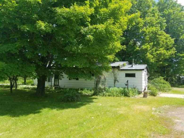 5840 Co Rd 550, Marquette, MI by Re/Max 1st Realty $76,500