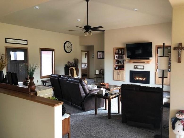 204940 Woodsview Road, Marshfield, WI by Century 21 Gold Key $385,000