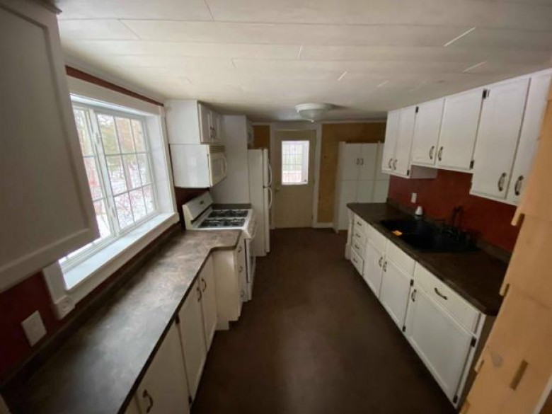 3991 Trails End Rd, Pine Lake, WI by Re/Max Invest, Llc $69,900