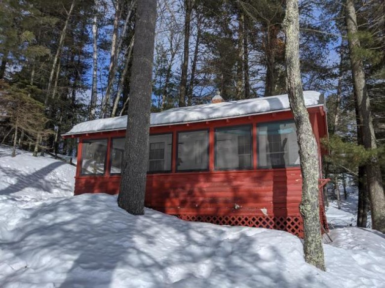 7338 Yanchus Rd, Three Lakes, WI by Miller & Associates Realty Llc $189,000