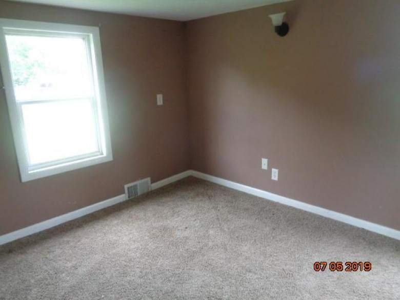 27316 97th St, Trevor, WI by Bear Realty Of Burlington $80,750