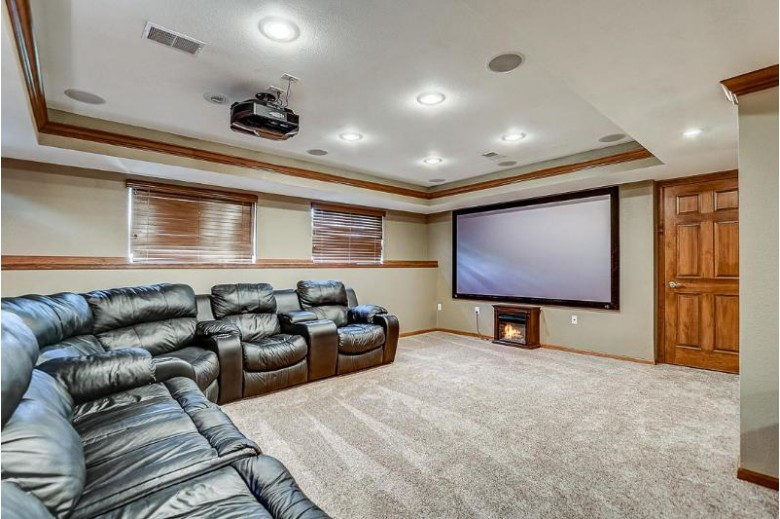 N50W27835 N Courtland Cir, Pewaukee, WI by Exit Realty Xl $564,900