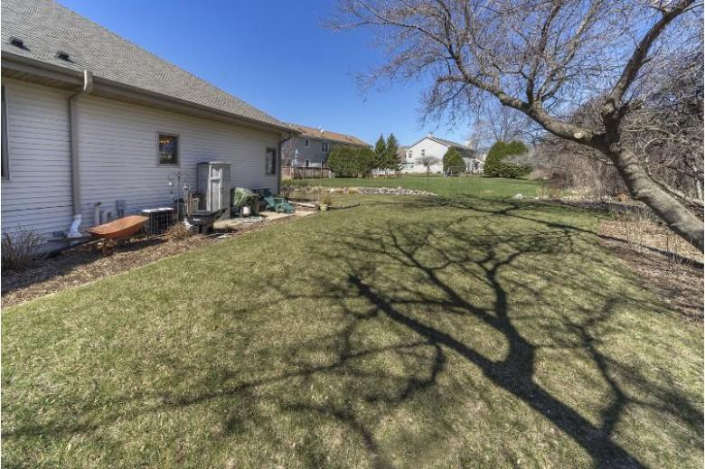 W196N11324 Shadow Wood Ln, Germantown, WI by First Weber Real Estate $374,900