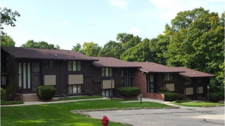 84 Red Chimney Rd 7, Lake Geneva, WI by Keefe Real Estate, Inc. $134,900