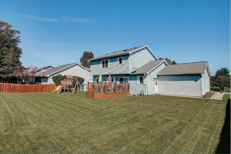 10351 S Hummingbird Ln, Oak Creek, WI by Exp Realty Llc-Forest Home $287,000