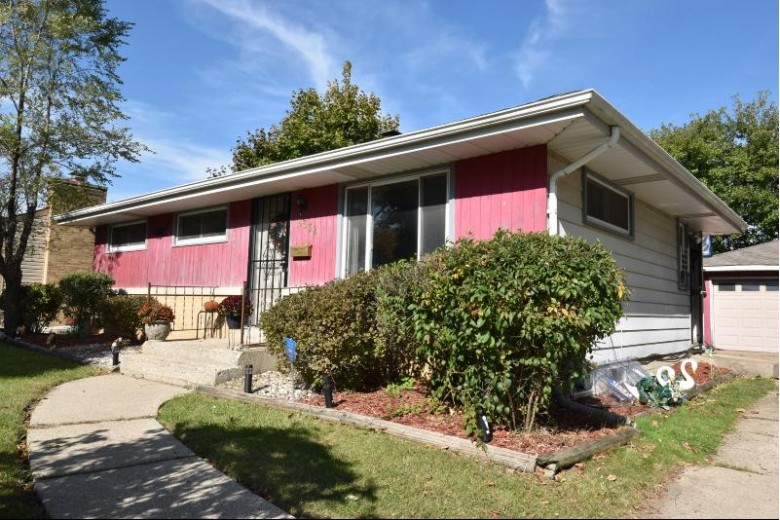 8632 W Douglas Ave, Milwaukee, WI by Re/Max Realty 100 $95,000