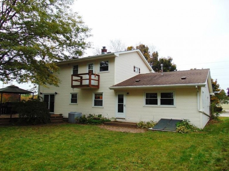 1404 Florida Ave, Sheboygan, WI by Re/Max Universal $170,000